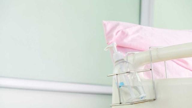 Perigo hospitalar: vírus mostra resistência a desinfetantes com álcool