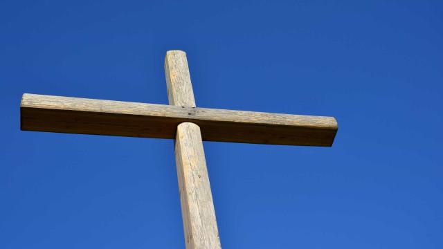 Jovem furta R$ 1,7 mil em igreja e usa dinheiro para comprar crack