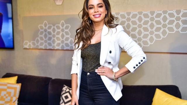 Em palestra de gestão, Anitta ensina a ser malandra e poderosa