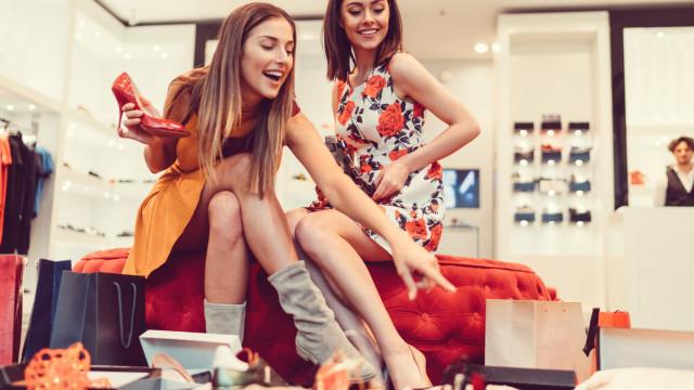 O prazer e o perigo de gastar: você é viciado em compras?