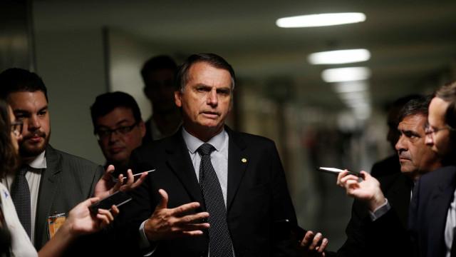 Bolsonaro quer ensino a distância para combater marxismo e cortar custo