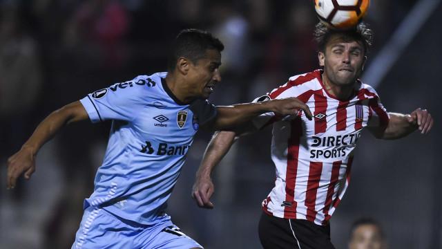 Grêmio faz jogo apático e perde para o Estudiantes na Libertadores