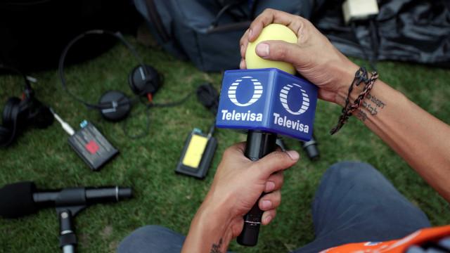Investidores processam TV do México por pagar propinas a cartolas