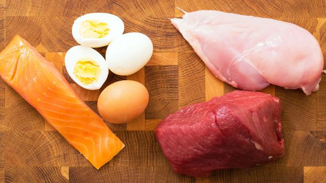 8 sinais de que você está comendo pouca proteína