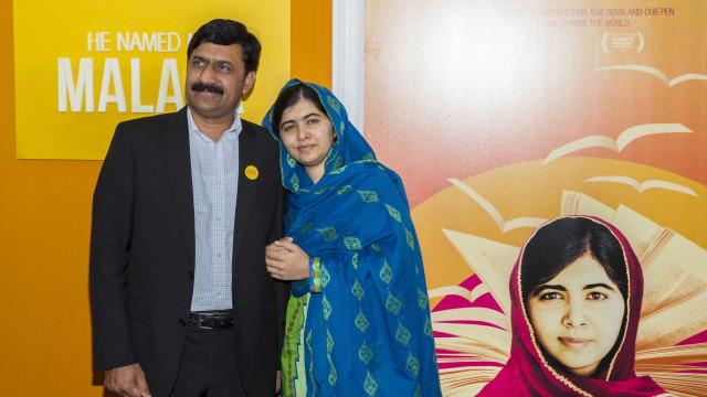 'Devemos acreditar nas nossas filhas', diz pai de Malala