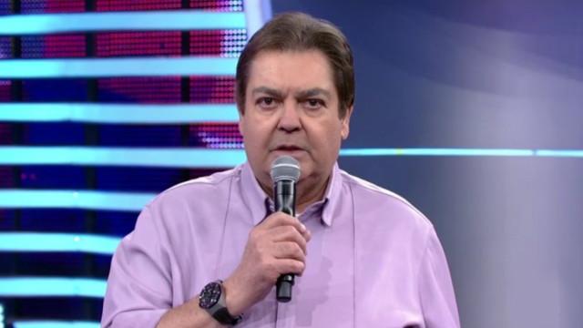 Faustão nega referência a Bolsonaro ao falar em 'imbecil'