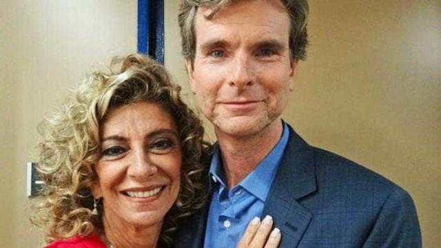 Viúvo de Marília Pêra disputa herança milionária com filhos da atriz