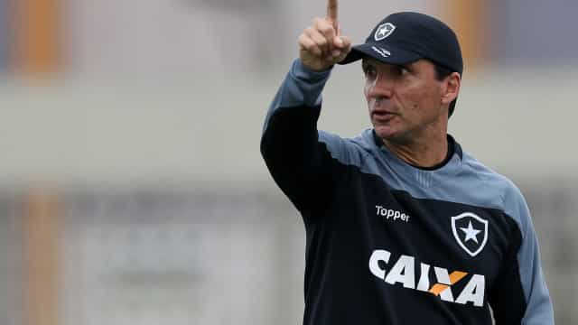 Botafogo inicia planejamento de 2019, e Zé Ricardo é prioridade