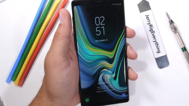 Teste confirma se Galaxy Note 9 é mesmo resistente