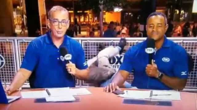 Segurança cai durante transmissão ao vivo em TV nos EUA