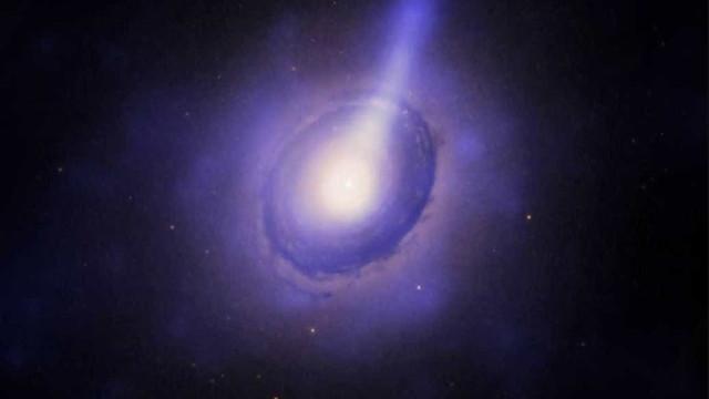 Brasileiro ajuda na descoberta da radiogaláxia mais distante da Terra