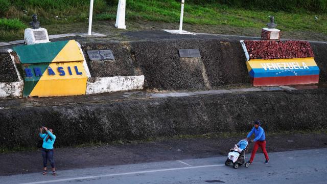 'Acharam que éramos espiões', diz jornalista detido na Venezuela