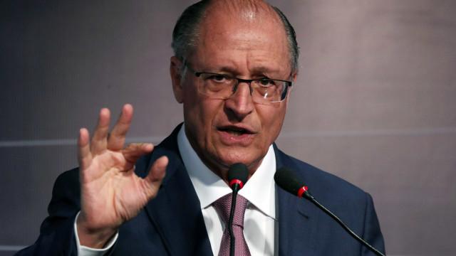 Cobrado por aliados, Alckmin decide subir o tom de ataques