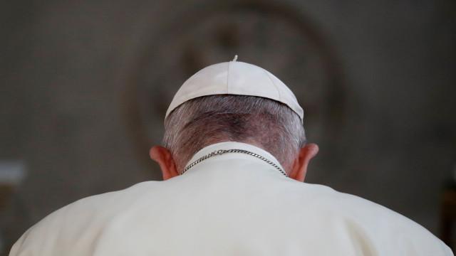 Papa recebe presidente paraguaio para debater projeto social