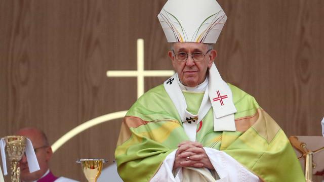 Papa aceita renúncia de mais 2 bispos chilenos por ligação com abusos