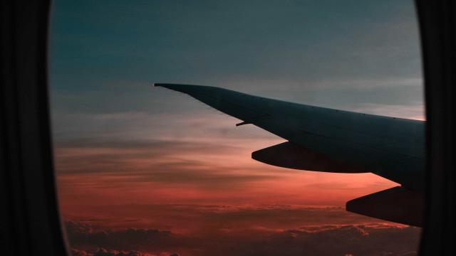 Passageiro passa mal e morre dentro de avião na Bahia