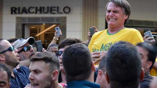 Hospital diz que Bolsonaro terá de fazer nova cirurgia; estado é grave