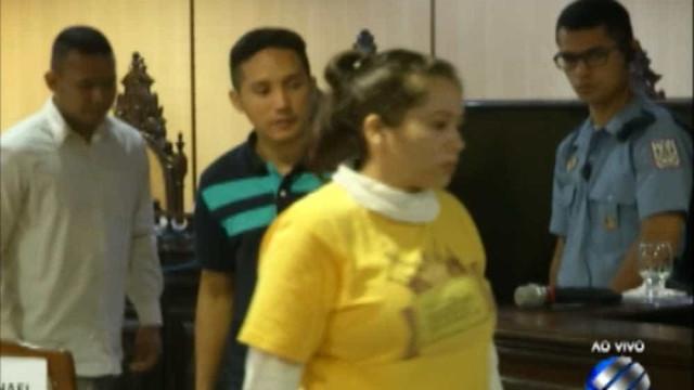 Filha acusada de matar a mãe é condenada a 32 anos de prisão