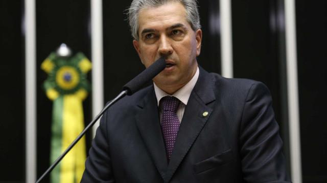 Governador que tenta reeleição pelo PSDB é alvo de operação da PF