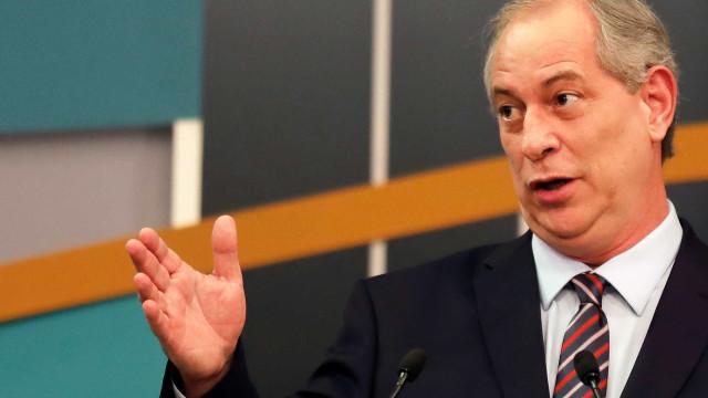 Ciro diz que não critica Lula porque ex-presidente está na cadeia