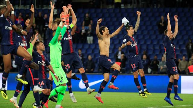 Sem Mbappé e Neymar, PSG goleia Saint-Étienne e segue 100% no Francês