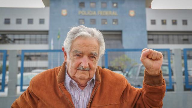 Lula é 'única saída' para o Brasil, diz Mujica