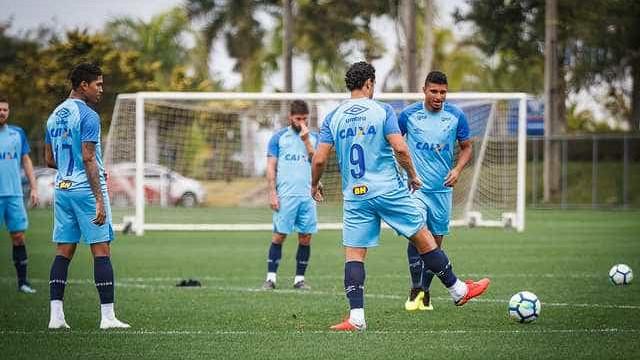 Cruzeiro muda elenco para Liberta e inscreve volante em vaga de goleiro