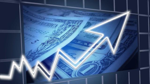 Dólar abre em alta de 0,24% cotado a R$ 4,1350