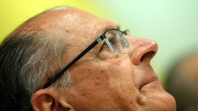 Com PT ou Bolsonaro, quem perde é o Brasil, diz Alckmin