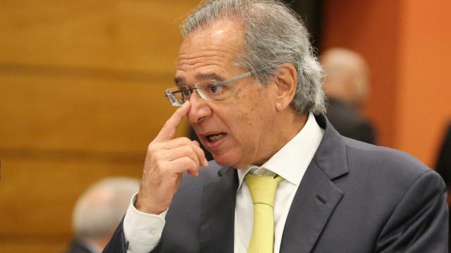 Bolsonaro e aliados tentam entender e explicar 'nova CPMF' de Guedes
