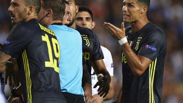 Cartão vermelho de Cristiano Ronaldo será julgado pela Uefa no dia 27
