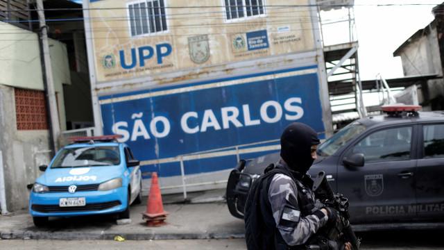 Morte por policial em UPP do Rio sobe e iguala patamar de homicídios