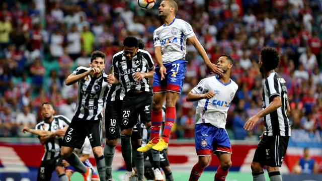 Bahia vence Botafogo e abre vantagem na Sul-Americana