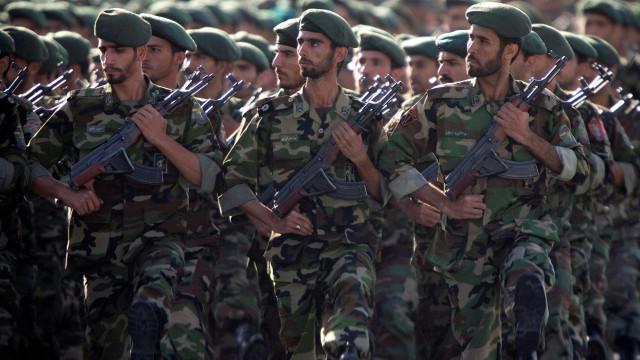 'Modelo de promoção militar deveria ser seguido pelo setor público'