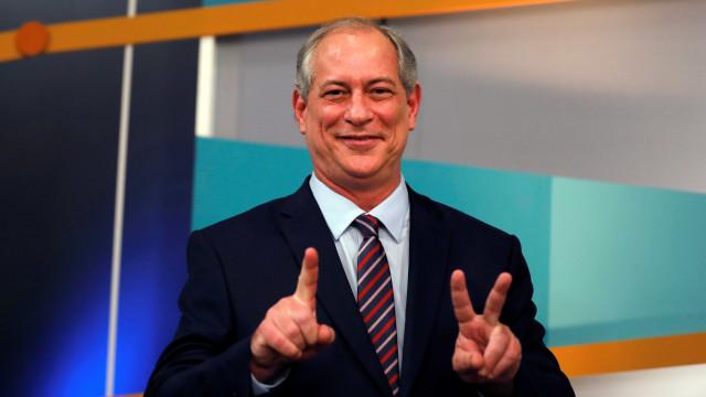 Ciro diz que manifesto de Bolsonaro é mentiroso e o compara com Hitler
