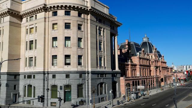 Primeiro dia de greve geral tem ruas vazias na Argentina