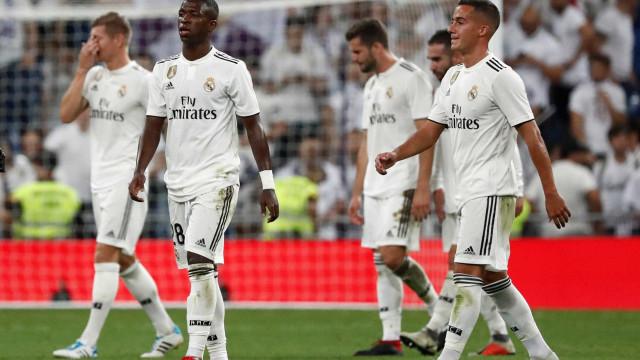 Na estreia oficial de Vinícius Júnior, Real Madrid empata com Atlético