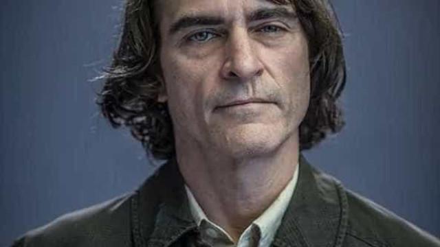 Joaquin Phoenix chora em gravação de cena do filme sobre Coringa
