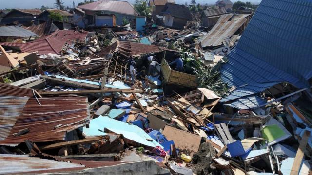 Imagens captadas por drone documentam destruição na Indonésia