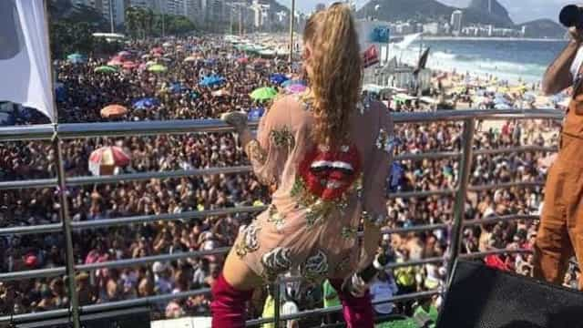 Nanda Costa, Luíza Sonza e Lexa agitam Copacabana na Parada LGBTQI+