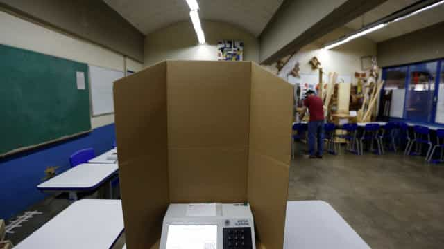 Mesário morre após passar mal durante votação no RJ