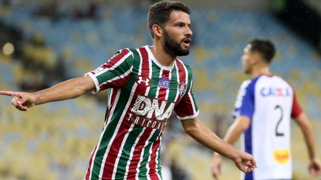 Fluminense goleia Paraná e cria 'gordura' em luta contra degola