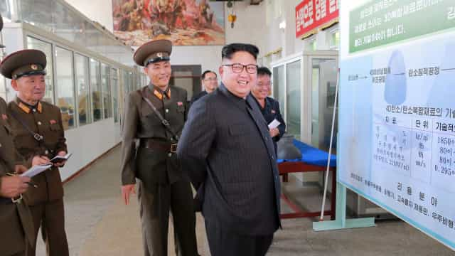Kim Jong-un convida Papa a visitar Coreia do Norte