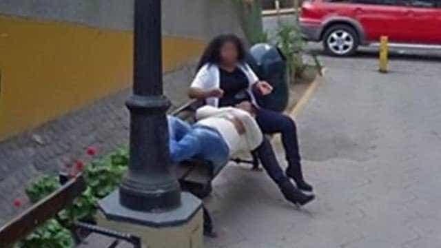 Homem flagra traição de esposa pelo Google Street View e pede divórcio