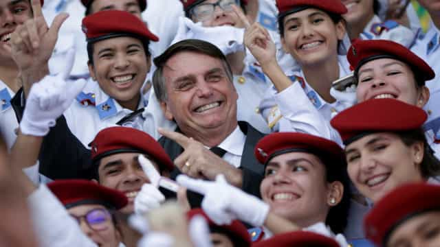 Rede pró-Bolsonaro engaja mais do que Madonna e Neymar