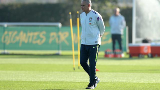 Tite faz testes na defesa da seleção brasileira contra Arábia Saudita
