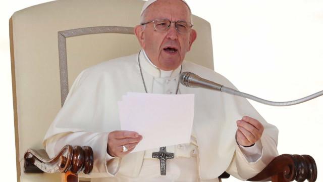 'Populismo nasce semeando ódio, como Hitler', diz Papa