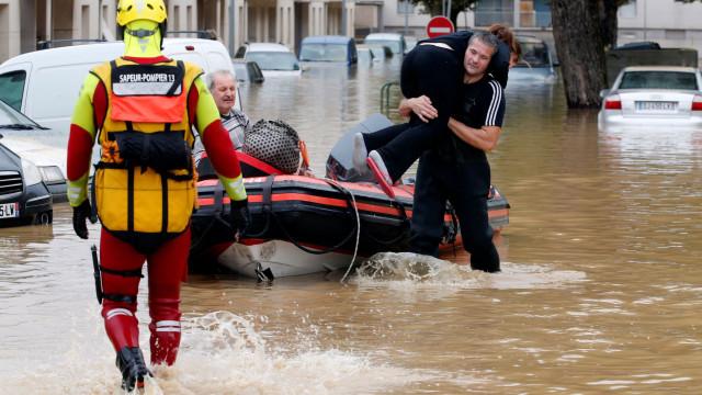 Pior inundação desde 1891 deixa ao menos 13 mortos no sul da França