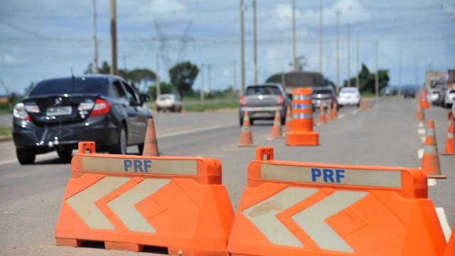 Polícia já soma 74 mortes nas estradas e 243 acidentes graves