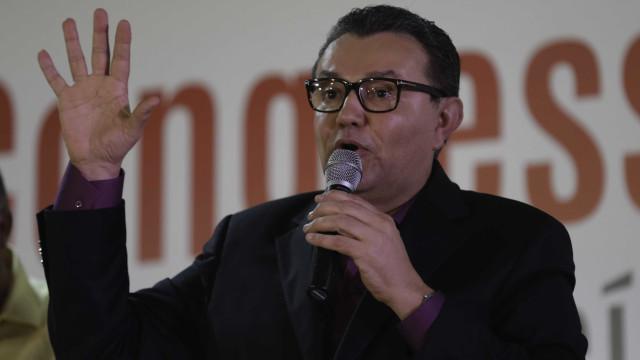 Presidente do PSB repreende irmão de Ciro por críticas ao PT